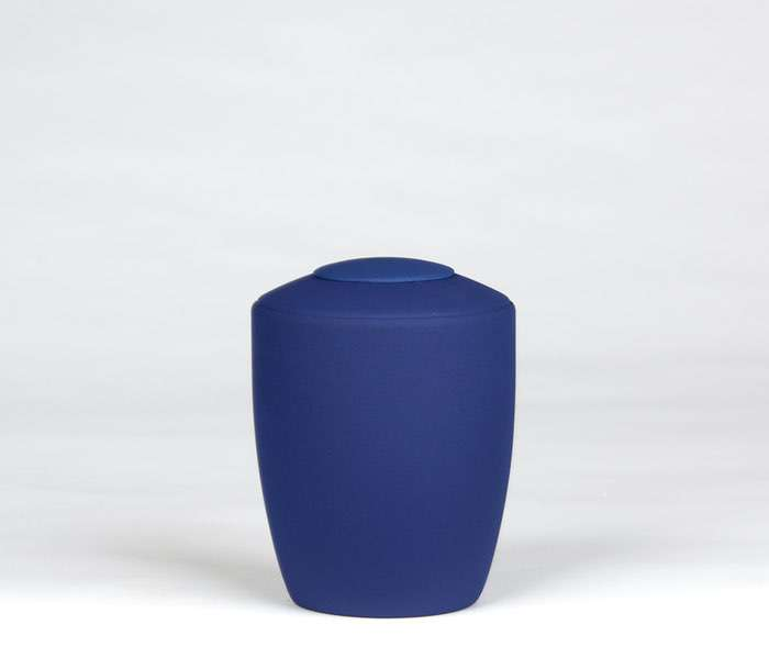 10 Urne Farbe kobaltblau • Deckel wahlweise in Urnenfarbe, goldener oder silberner Farbe 0,5 l - 50,00 €, 1,0 l - 60,00 €, 1,5 l - 70,00€, 2,0 l - 80,00€, 2,5 l - 90,00€ (inkl. MwSt.)