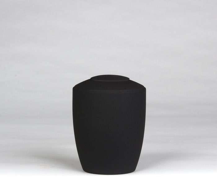18 Urne Farbe schwarz • Deckel wahlweise in Urnenfarbe, goldener oder silberner Farbe 0,5 l - 50,00 €, 1,0 l - 60,00 €, 1,5 l - 70,00€, 2,0 l - 80,00€, 2,5 l - 90,00€ (inkl. MwSt.)